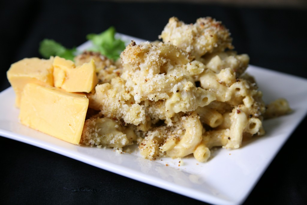 Bone Suckin'® Macaroni and Cheese Recipe