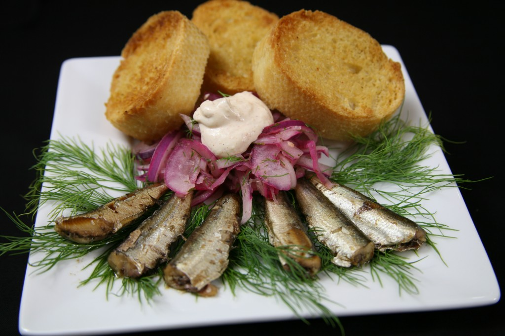 Bone Suckin'® Sardines and Onion Relish Recipe