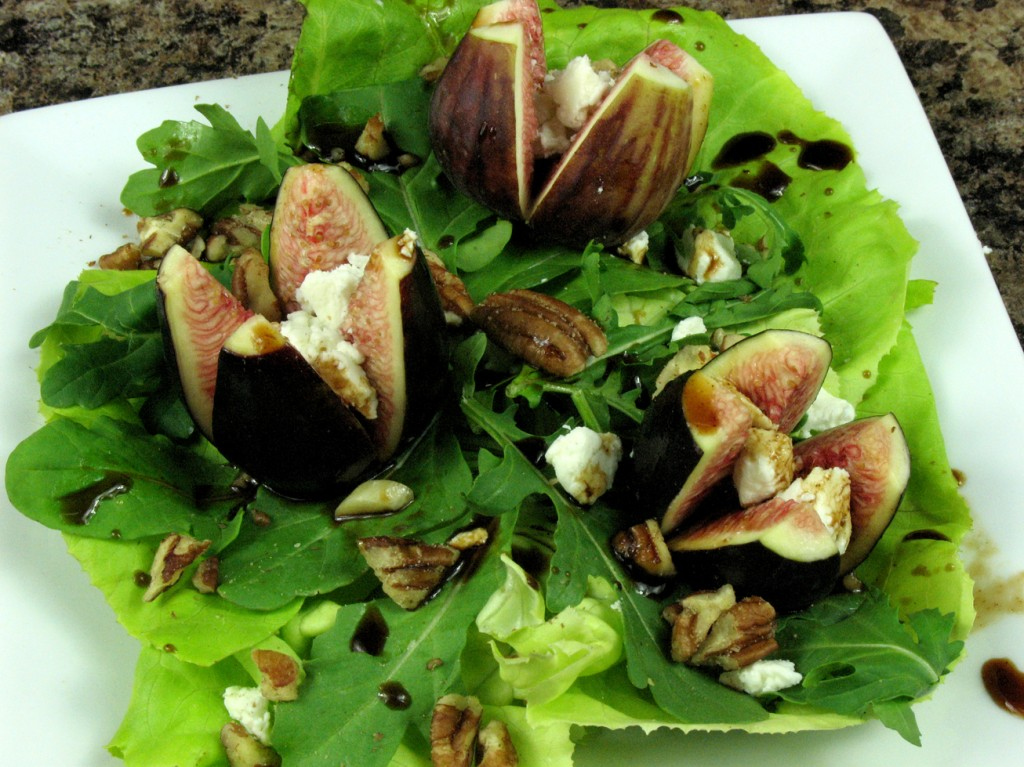 Bone Suckin'® Fig and Goat Cheese Salad Recipe