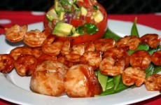 Bone Suckin' Shrimp and Scallops Recipe