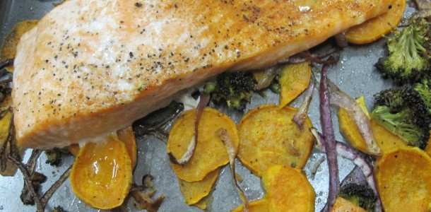 Taste the sea when you use our Seafood Seasoning & Rub on your favorite fish, in this recipe, salmon! It will set your tastebuds on course.