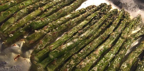 Bone Suckin' Baked Asparagus