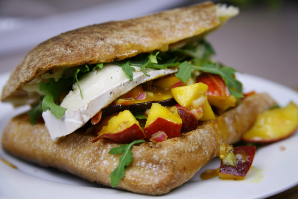 Bone Suckin'® Grilled Brie Nectarine Panini Recipe