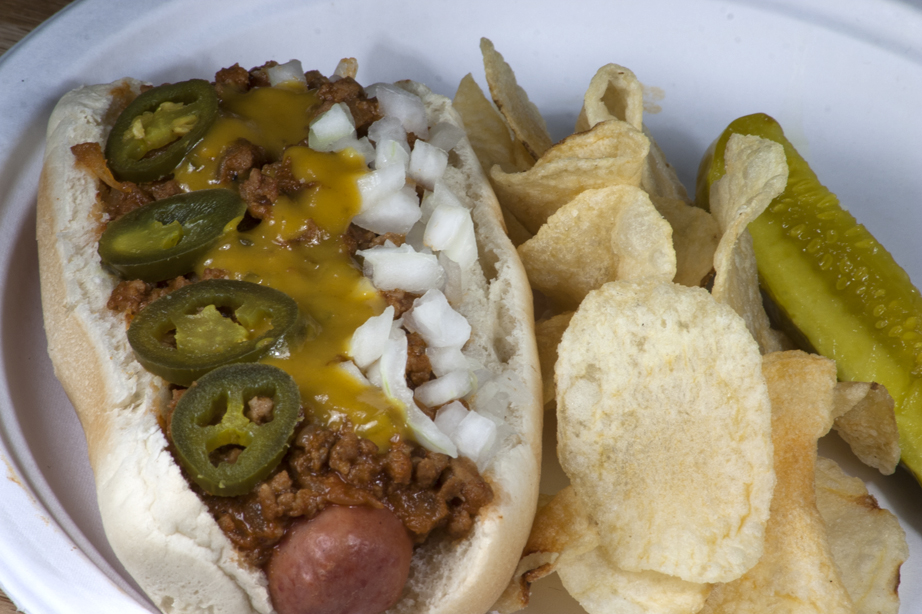 Bone Suckin' Hot Dog Chili Recipe