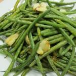 Bone Suckin'® Garlic Green Beans Recipe is a yummy addition to any meal.